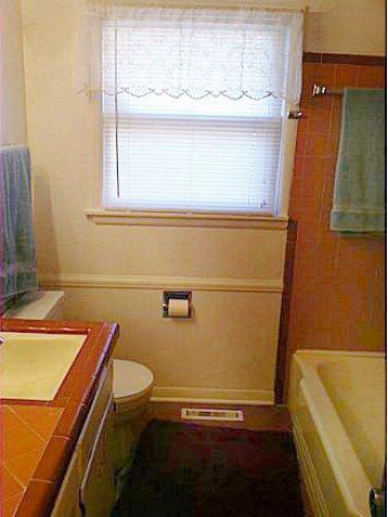 Peach Bathrooms Aka Pink Bathroom S Cousin Lost In Austin